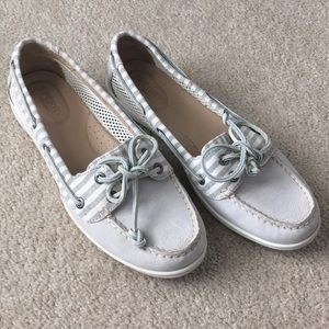 Sperry gray boat shoes